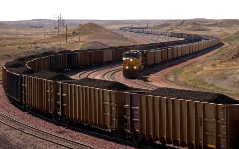 Coal trains near North Antelope Rochelle Mine in the Powder River Basin, Wyoming. Photo: Kimon Berlin via Flickr.