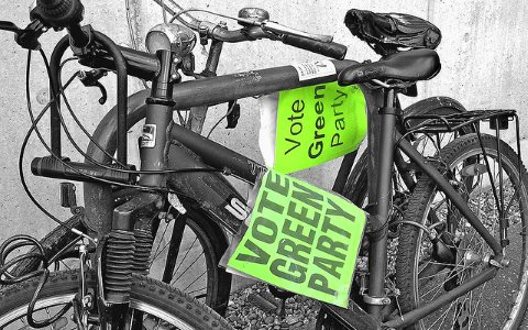Vote Green! Photo: Leo Reynolds via Flickr (CC BY-NC-SA 2.0).