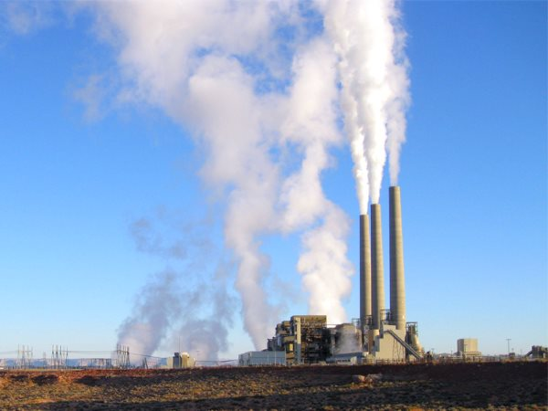 What goes up, must come down. Arizona's Navajo Generating Station consumes up to 25,000 tons of coal per day, and the mercury it emits - along with other coal plants - is poisoning our oceans, our fish, and us. Photo: Alan Stark via Flickr (CC BY-SA 2.0).