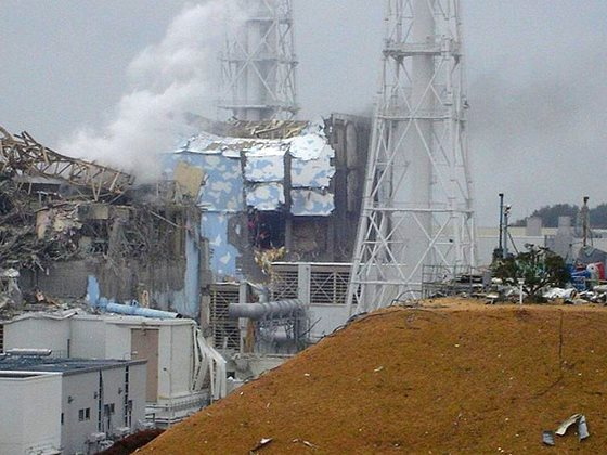 Fukushima damage showing Unit 3, left, and Unit 4, right, 16th March 2011. Photo: deedavee easyflow via Flickr (CC BY-SA 2.0).