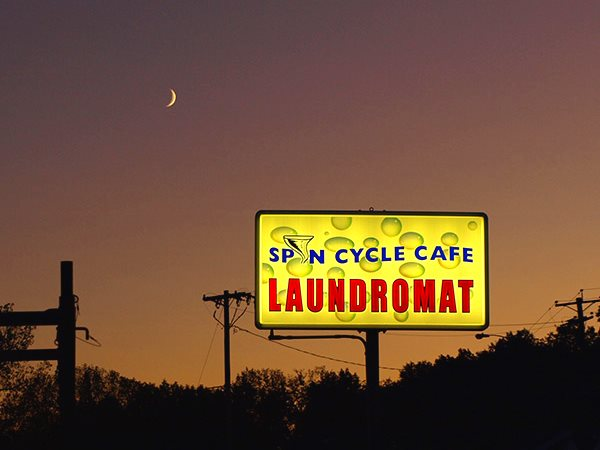 Spin Cycle Cafe & Laundromat, Newington, CT, USA. Photo: Brian Cook via Flickr (CC BY-NC 2.0).