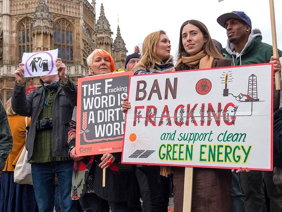 Ban Fracking! Anti-fracking demo in London, 26 January 2015, at which a 360,000-signature petition was handed in to Parliament. Photo: The Weekly Bull via Flickr (CC BY-NC-ND 2.0).