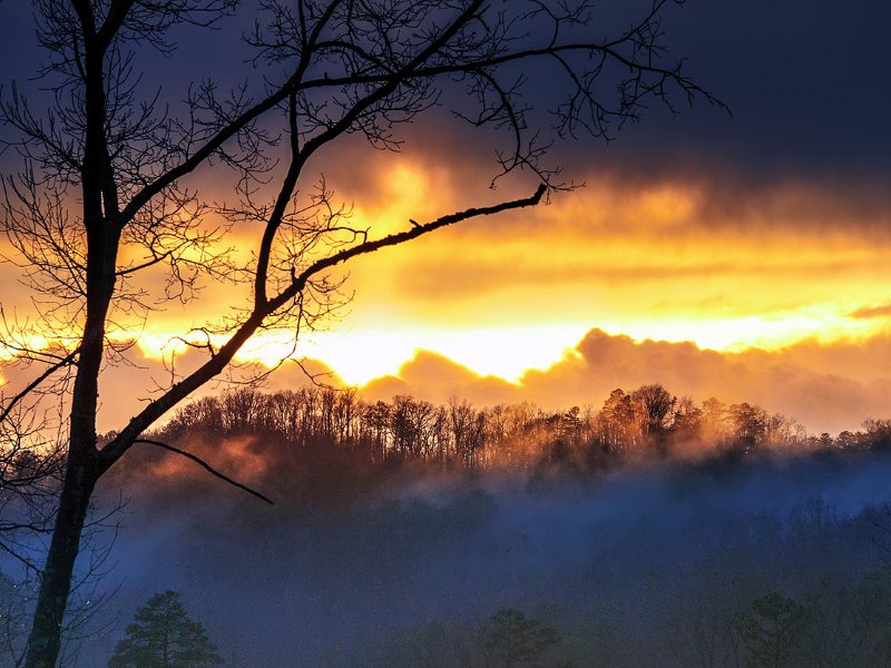 After a day of rain, a flaming sunset illuminates the Smoky Mountains. Photo: Boqiang Liao via Flickr (CC BY-SA).