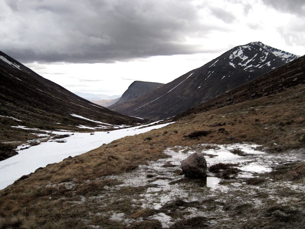 A bleak outlook for Britain's environment: Cairn Toul from the Pools of Dee, Lairig Ghru, Cairngorms. The sub-Arctic biodiversity of the mountains is at risk from warming climate. Photo: Ted and Jen via Flickr (CC BY).