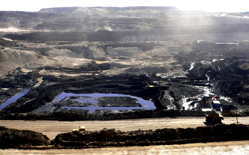Is this what you want your pension fund to finance? Open pit coal mine near Hailar, Inner Mongolia. Photo: Herry Lawford via Flickr (CC BY).