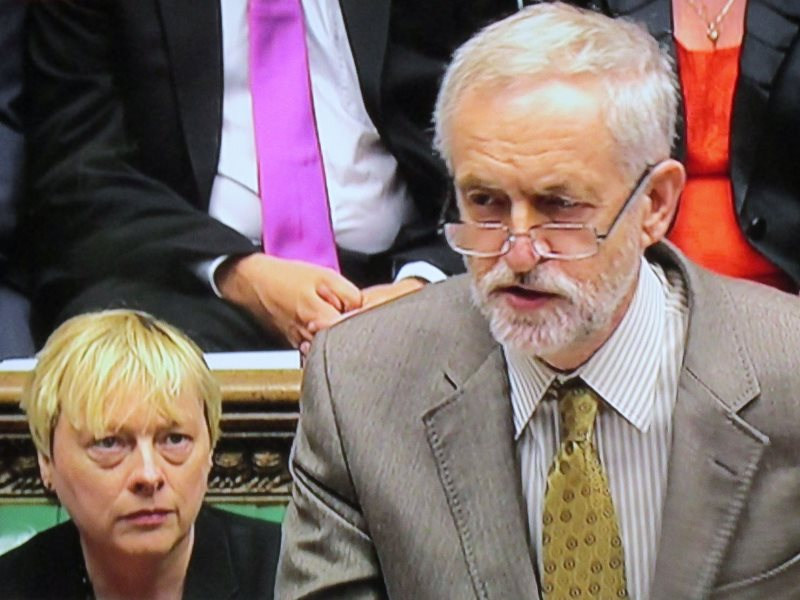Watch out - your enemies are behind you! Jeremy Corbyn at his first Prime Minister's Questions, 16th September 2015, with Angela Eagle. Photo: David Holt (CC BY-SA).