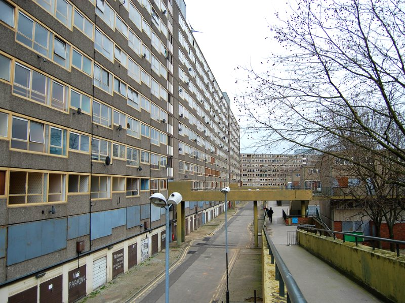 The Heygate Estate, London, in March 2010. Cheerless, but providing a lot of affordable housing. Now demolished, its communities have been broken up and dispersed. Photo: Thomas Bryans via Flickr (CC BY-NC-ND).