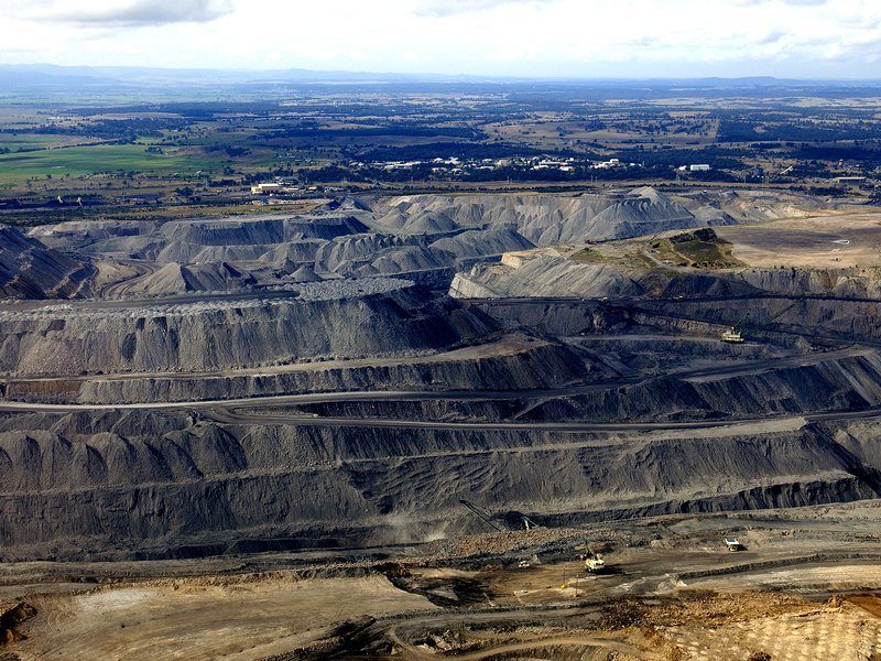Under new government rules, local authorities won't be allowed to divest from fossil fuel investments - like the Hunter open pit coal mine in NSW, Australia. Photo: Jeremy Buckingham via Flickr (CC BY).