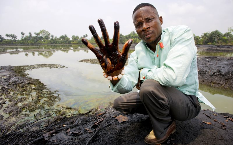 Oil pollution in Ogoniland, Niger Delta. Photo: Milieudefensie via Flickr (CC BY-NC-SA).