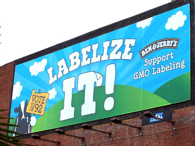Ben & Jerry's GMO Labeling poster in Portland, Oregon, 15th October 2014. Photo: anna Hanks via Flickr (CC BY).