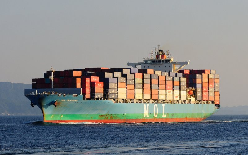 Container ship MOL GRANEUR off the Japan coast, 18th October 2015. Photo: ARTS_fox1fire via Flickr (CC BY-NC-ND).