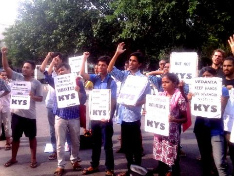 India - 'foil vedanta' protests erupt in delhi