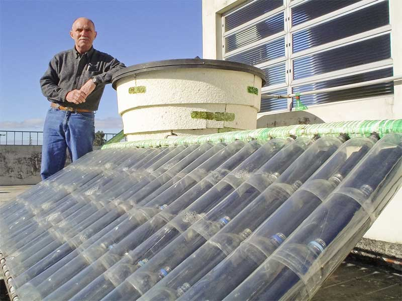 DIY Solar Water Heater From Plastic Bottles | Connect Green