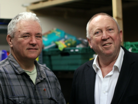 Keith Taylor at a Portsmouth Food Bank