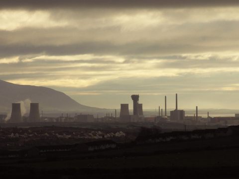 Atom factory: the nuclear plant at Sellafield, Cumbria, UK. Photo: tim_d via Flickr.com.