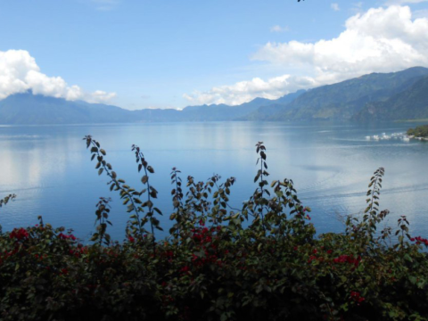"The program ""Yo soy Atitlán"" hopes to raise the profile of Lake Atitlan's contamination problems and implement solutions to restore it to its former glory. Photo: Anna-Claire Bevan / The Tico Times."