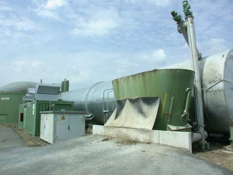 A 294kW biomass digester in Germany. Photo: Volker Thies / Wikimedia commons.