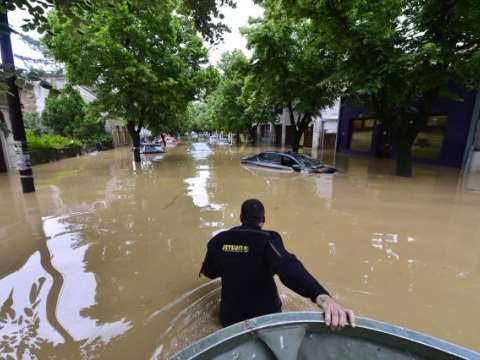 A city under water. Photo: Marija Trbojevic / 350.org.
