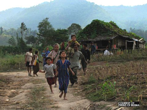 On November 27, 2010. More than 200 villagers from Pa Lu village, Kawkareik township, Karen State, Burma fled into Mae Ko Kane village in Mae Sot district of Thailand after clash between Burma's government troops and Karen's DKBA brigade 5. Photo: Prachat