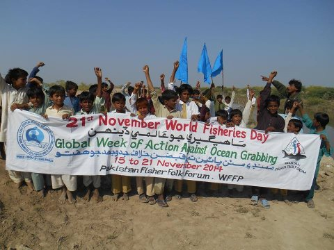 The Pakistan Fisher Folk Forum protest against ocean grabbing. Photo: Pakistan Fisher Folk Forum.