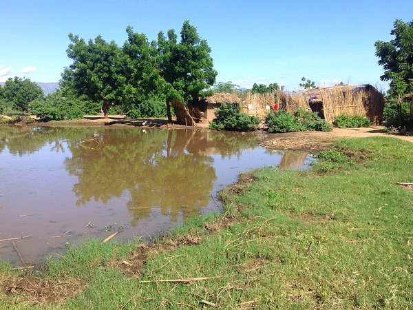 January's floods completely destroyed about 25 houses in Tizola village, Lundu region, Chikwawa district - an area normally safe from flooding as it is on higher ground. Photo EU / ECHO / Jacqueline Chinoera via Flickr (CC BY-ND)