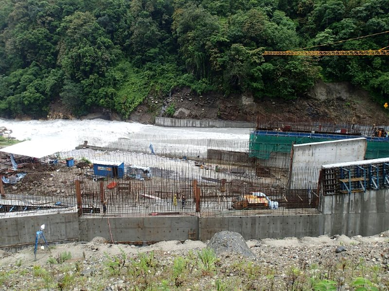 Dam construction across the Marsyandi at Ngadi, located along the popular Nar-Phu & Annapurna trekking circuit. Photo: SV Pelagia via Flickr (CC BY-NC-ND).