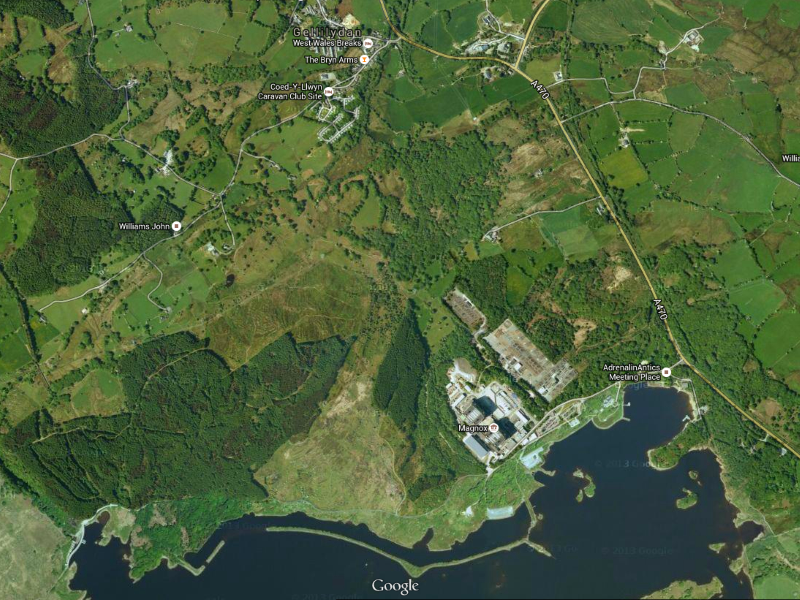 Map showing Trawsfynydd nuclear power station and lake and, to the north, the village of Gellilidan. Image: Google Maps, maps.google.co.uk/ .