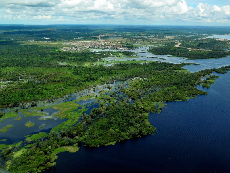 Aerial view of the Amazon rainforest. Photo: CIFOR via Flickr (CC BY-NC-ND 2.0)