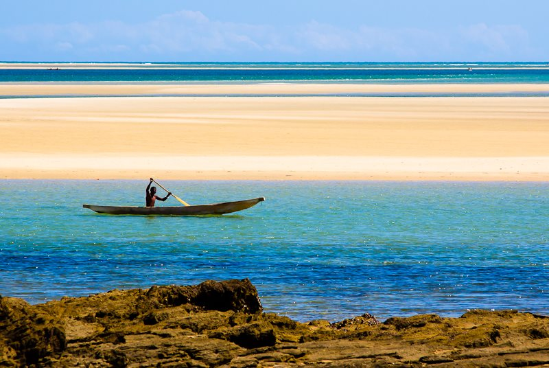 A Vezo pirogue, Morombe, Toliara, Madagascar. Photo: Franck Vervial via Flickr (CC BY-NC-ND).