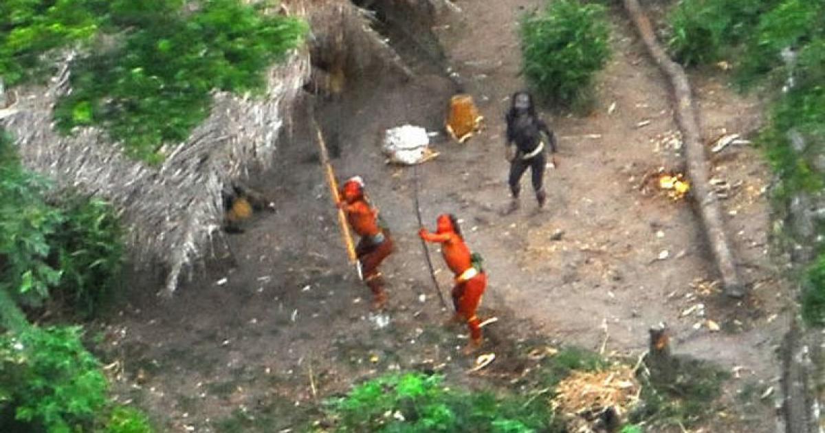 Bí mật về bộ lạc cực hung dữ, thấy người lạ là tấn công, giết chết