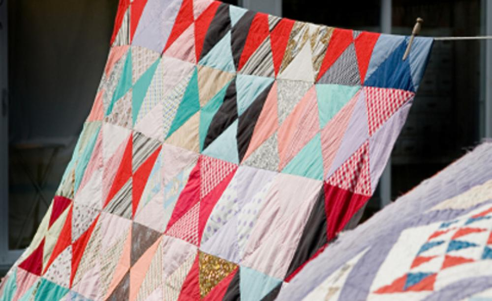 How to… make your own patchwork quilt : how to make your own quilt - Adamdwight.com