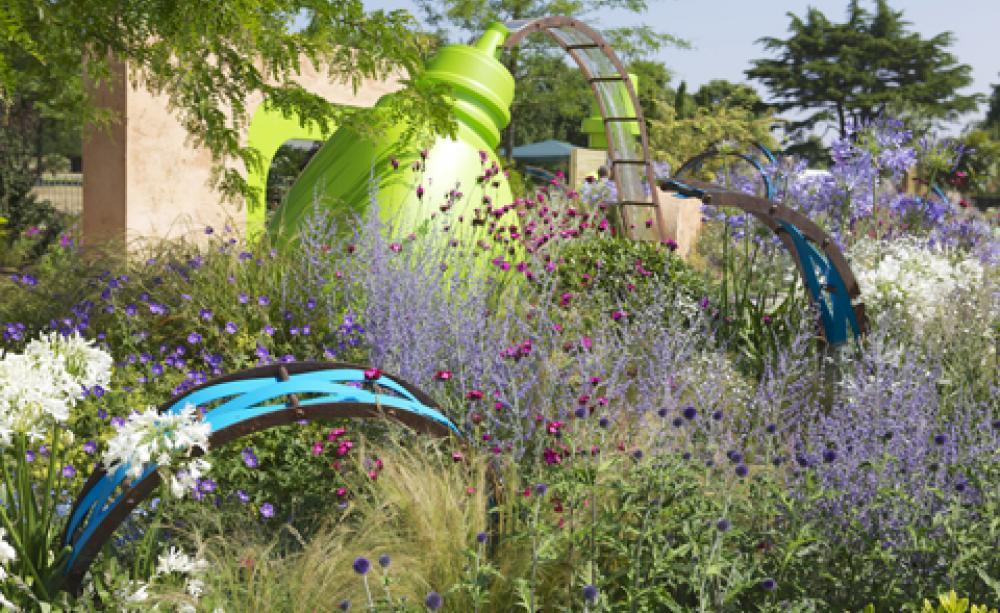 Garden designers promote green messages at Hampton Court
