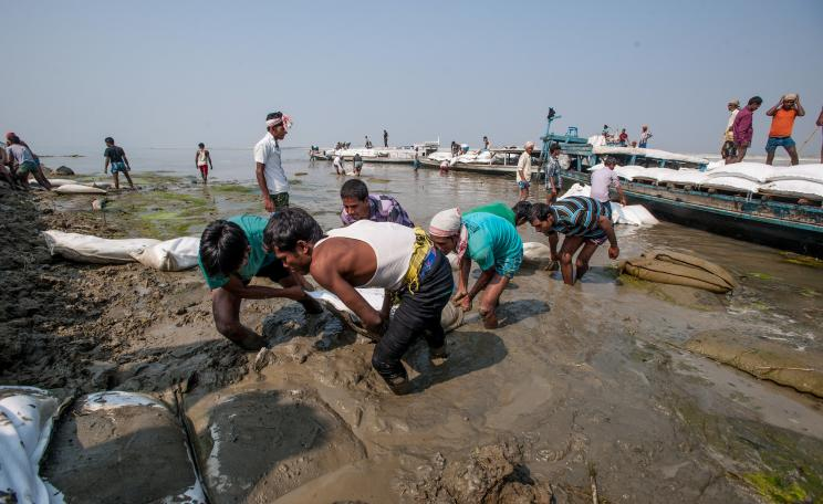 Flood management by workers in India