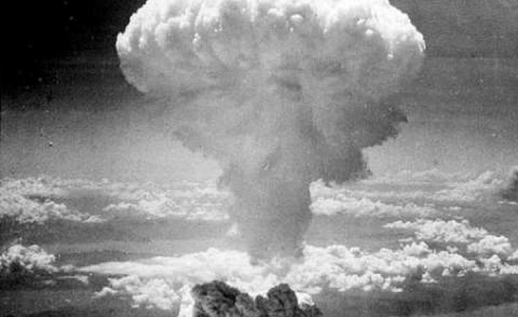 The mushroom cloud above Nagasaki, 9th August 1945. The 'Fat Man' bomb contained just 6.2kg of plutonium 239 and delivered a 21 kt blast. Photo: Charles Levy / Wikimedia Commons.