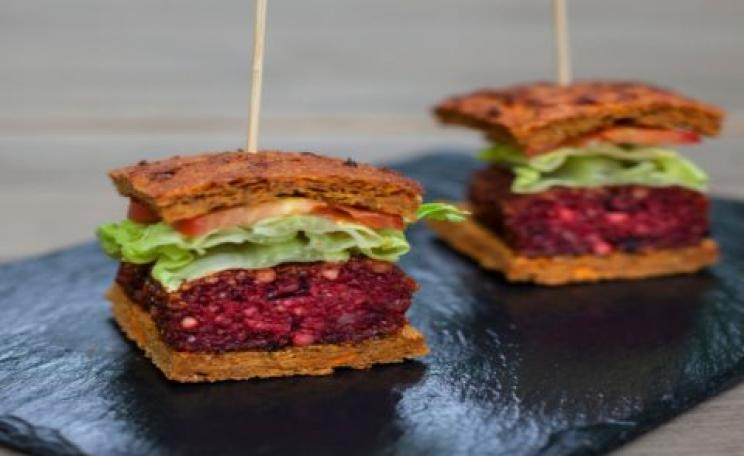 Vegan beetroot burge
