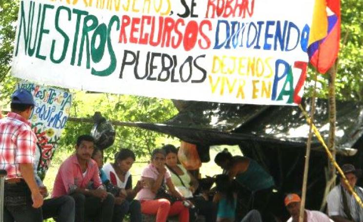 The Government displaces small farmers, imposes outsiders, robs our resources, divides our peoples - leave us in peace! Photo: Asoquimbo.