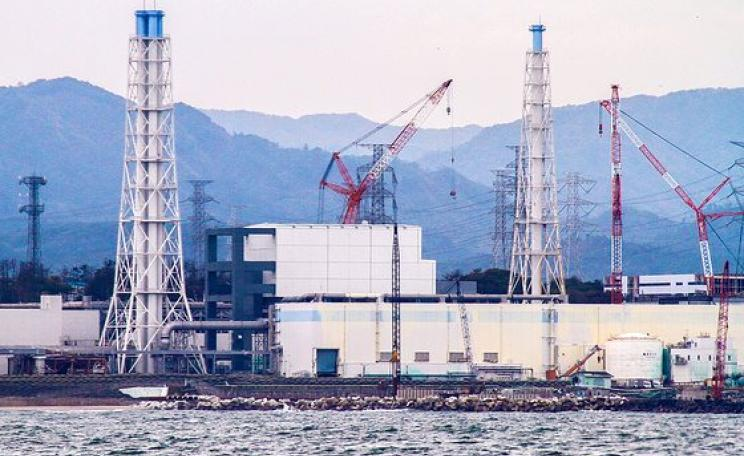 The damaged Fukushima Daiichi Nuclear Power Station as seen during a sea-water sampling boat journey, 7 November 2013. Photo: David Osborn / IAEA Imagebank via Flickr (CC BY-SA 2.0).