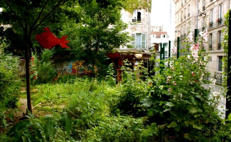 The Bois Dormoy is a unique green oasis in the heart of metropolitan Paris and its multicultural community. It should be treasured, not destroyed! Photo; via Bois Dormoy on Facebook.