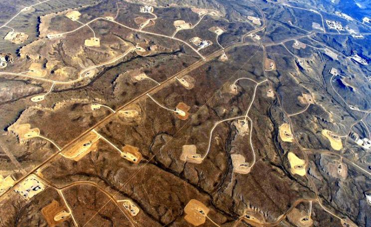 Coming to the UK soon? A fracked landscape in Wyoming, USA. Photo: Simon Fraser University via Flickr (CC BY).