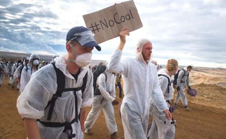 'No Coal - the 'Ende Gelände' action, 15th August 2015. Photo: Ruben Neugebauer / 350.org via Flickr (CC BY-NC-SA).