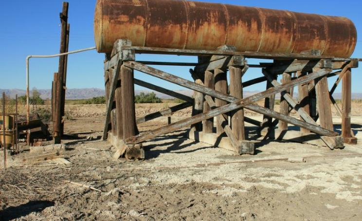 Old water tank in Niland, California. Photo: Kevin via Flickr (CC BY-NC-SA).