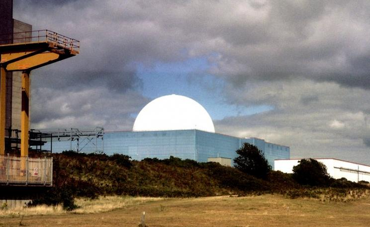 Among the 28 EDF nuclear power stations at risk: Sizewell B in Suffolk, England. Photo: Simon James via Flickr (CC BY-SA).