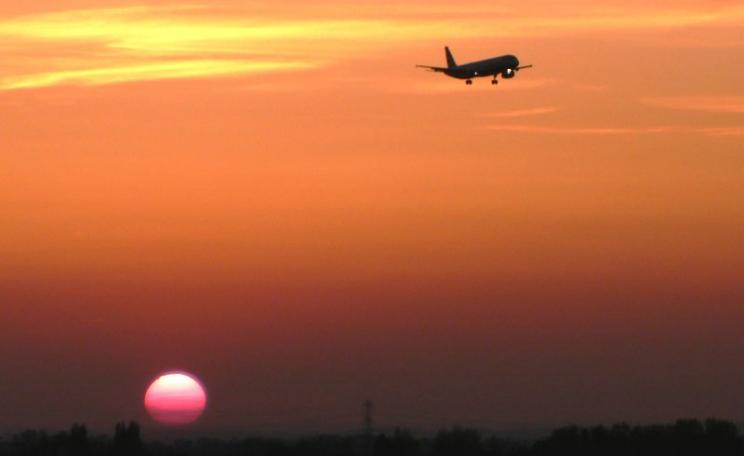 Sunset over Heathrow. Photo: Malcolm via Flickr (CC BY-NC).