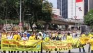 The environmental movement in Malaysia remains strong, despite judicial repression, as this recent demonstration against Lynas and Bersih shows. Photo: cumi&ciki via Wikimedoa Commons.